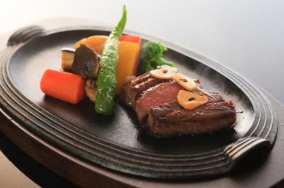 牛のステーキ.JPG